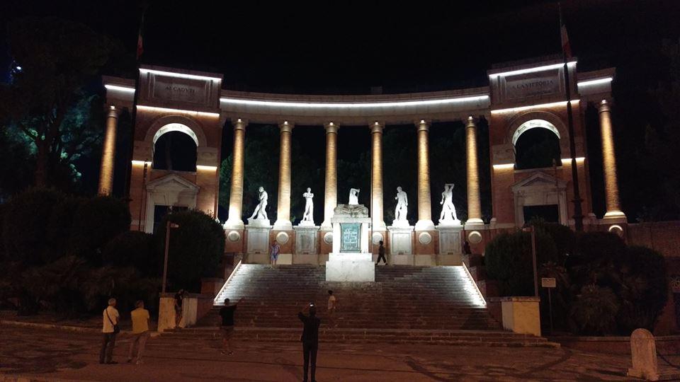 Macerata, nuova illuminazione per il monumento ai Caduti