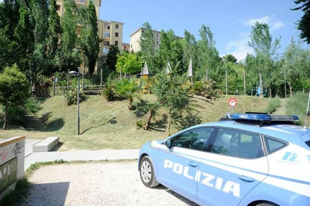 Polizia ancora aggredita, piante di marijuana a Macerata