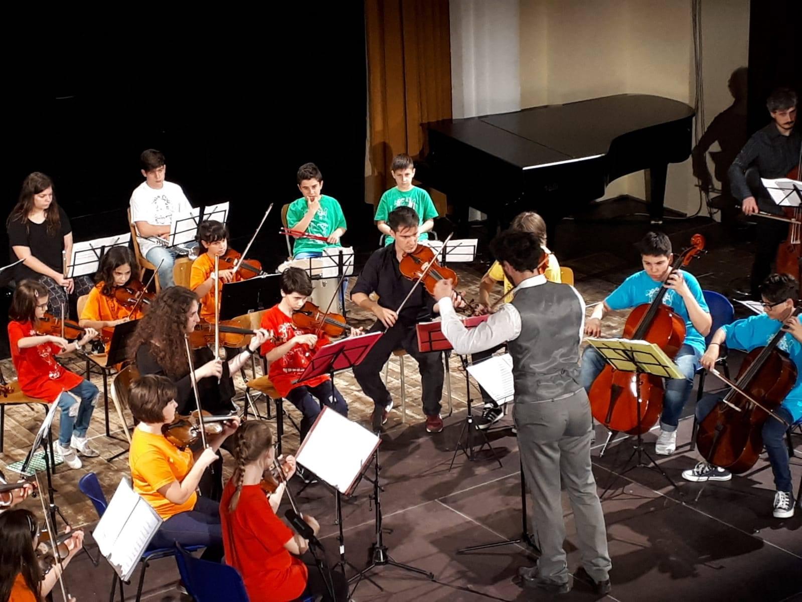 Macerata, la musica e il valore educativo di suonare insieme