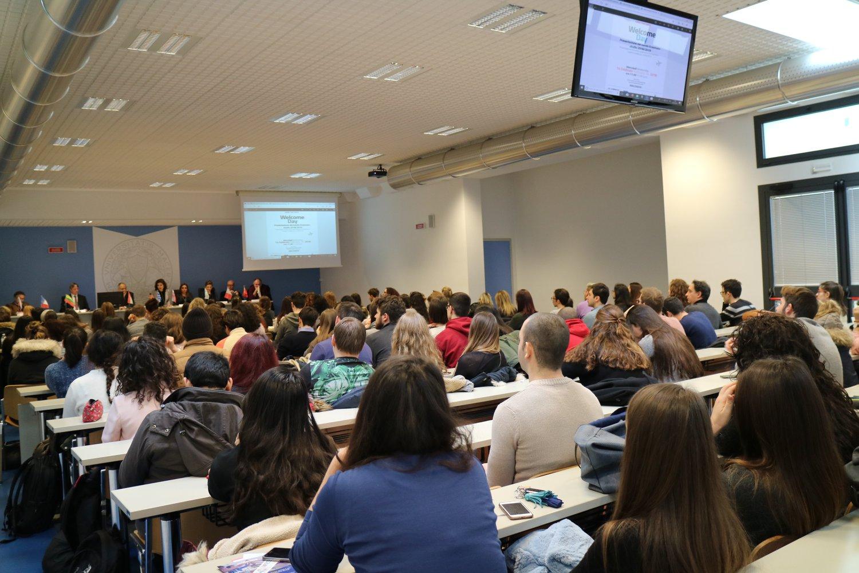 Alle Università marchigiane 54 milioni, 27 a Camerino e Macerata