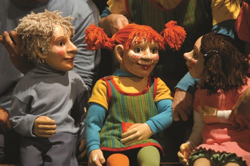 """Treia, le avventure di """"Pippi Calzelunghe"""" al Teatro Comunale"""