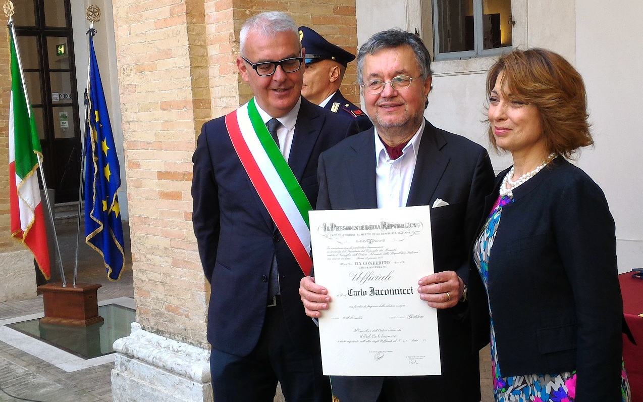 Carlo Iacomucci, 70 anni e amore per l'incisione e la pittura