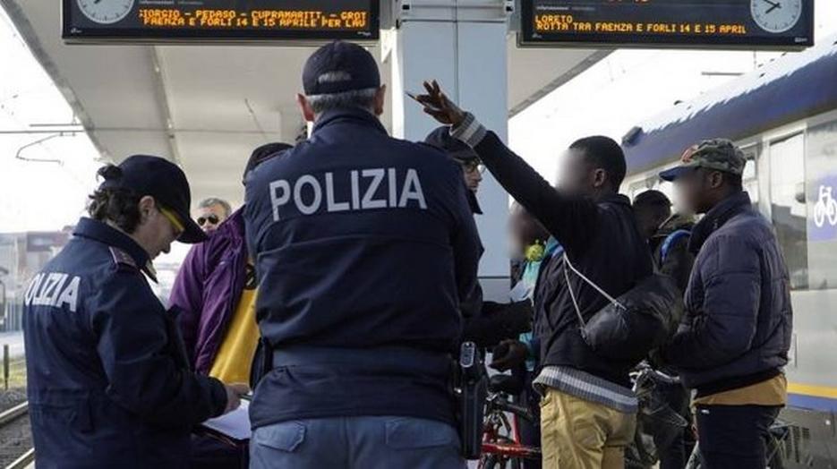 Controlli della Polizia, arrestato spacciatore pendolare