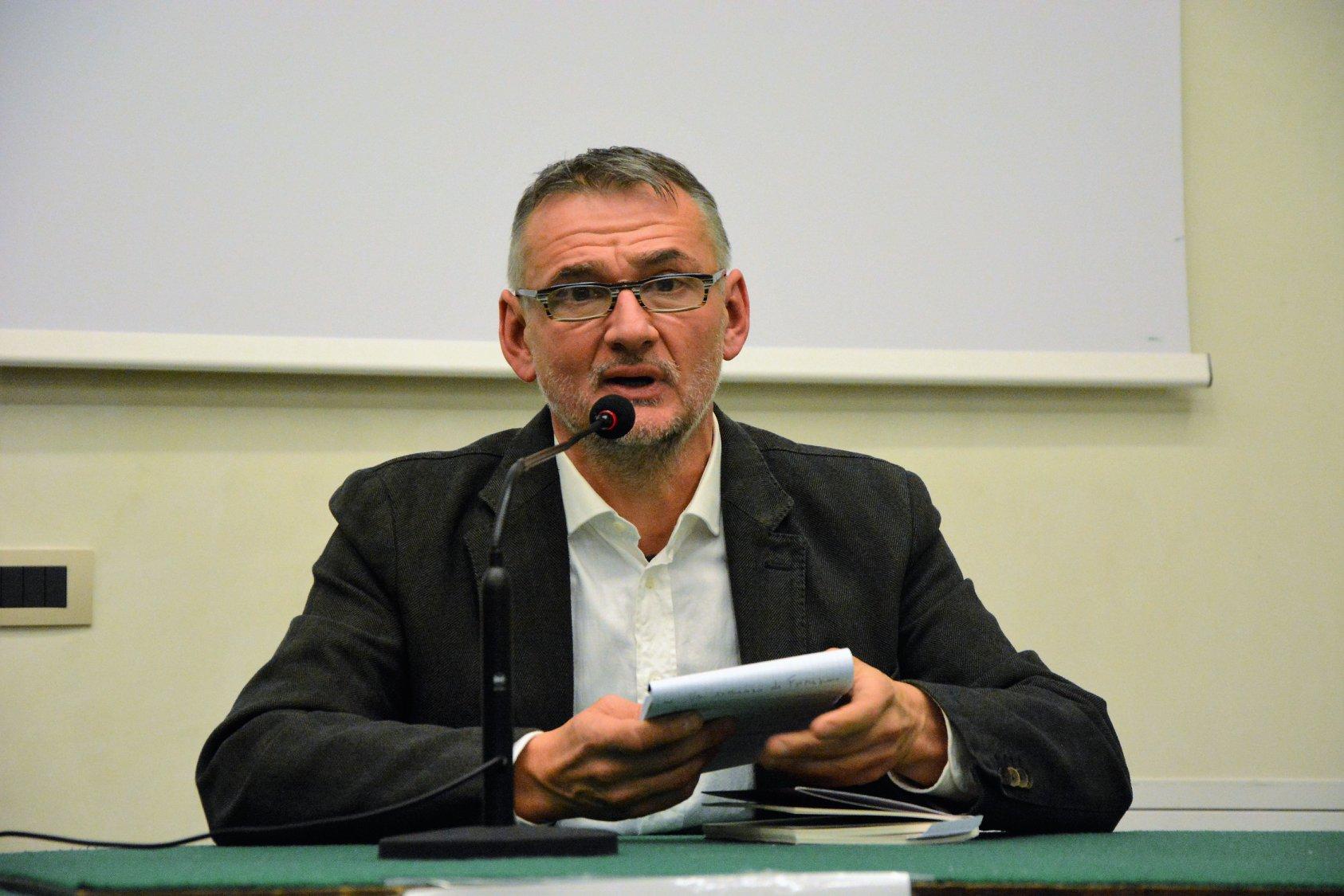 """Macerata, Alessandro Cartoni a """"Scritture in Bottega"""""""
