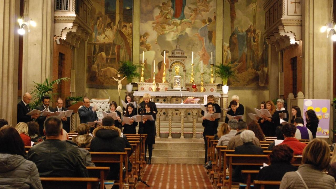 Macerata, catechesi del Vescovo e Cappella Musicale