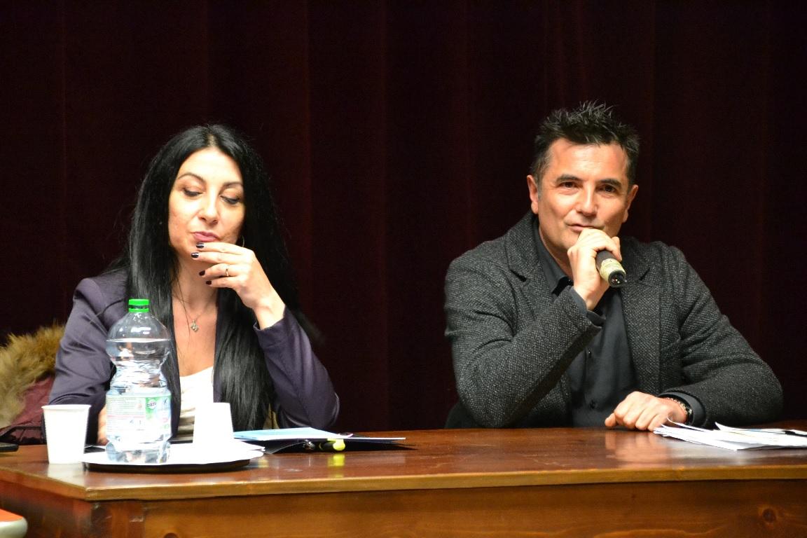 """""""Io solo"""" di Manuela Taffi, il bullismo visto dai giovani"""