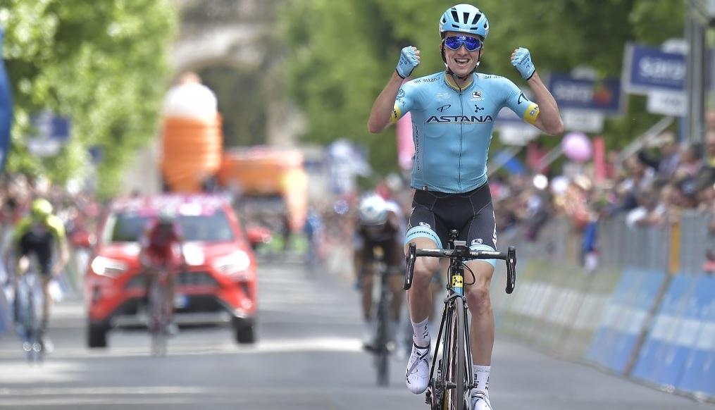 Giro d'Italia, il passaggio nelle città della costa maceratese