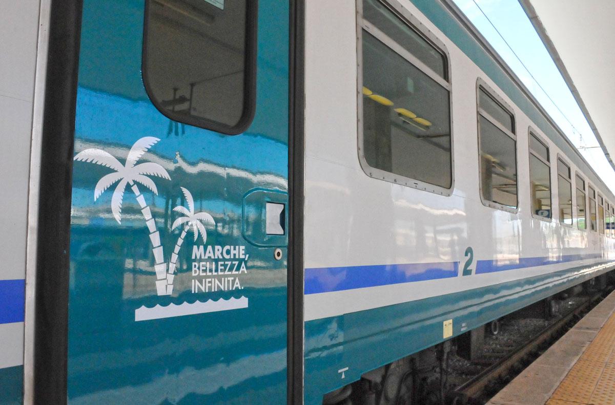 Estate sulla costa marchigiana, treno green dall'Emilia Romagna