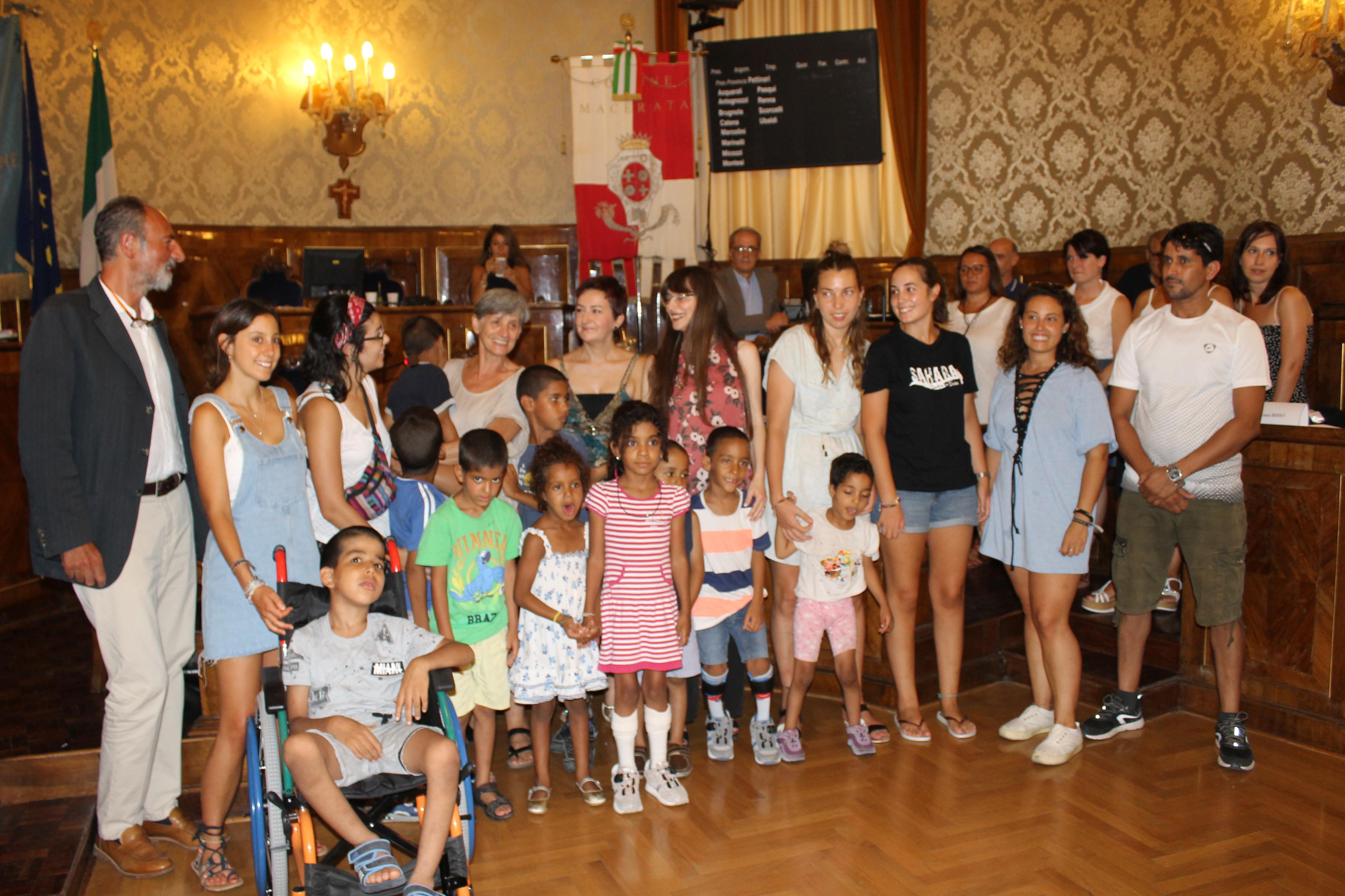 Macerata, bambini saharawi in visita al Consiglio comunale