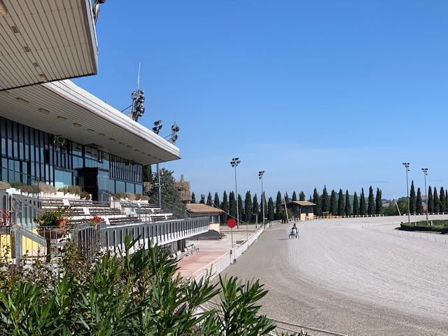 Ippodromo San Paolo di Montegiorgio, corse domenica e lunedì