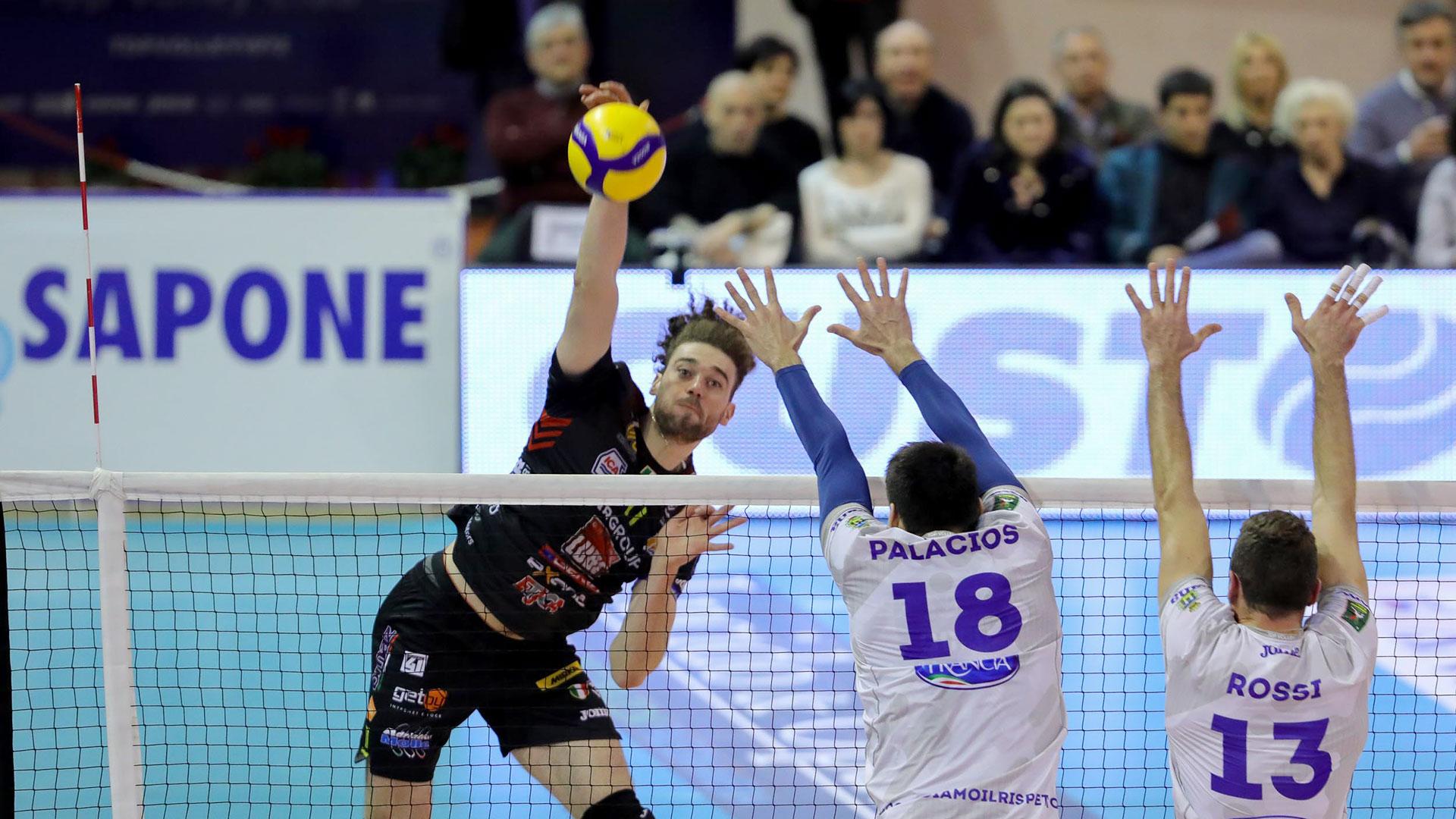 La Lube vince a Cisterna di Latina, 3-1 alla Top Volley