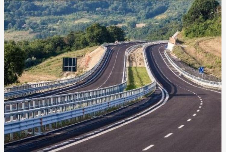Quadrilatero, i progetti in corso della grande viabilità