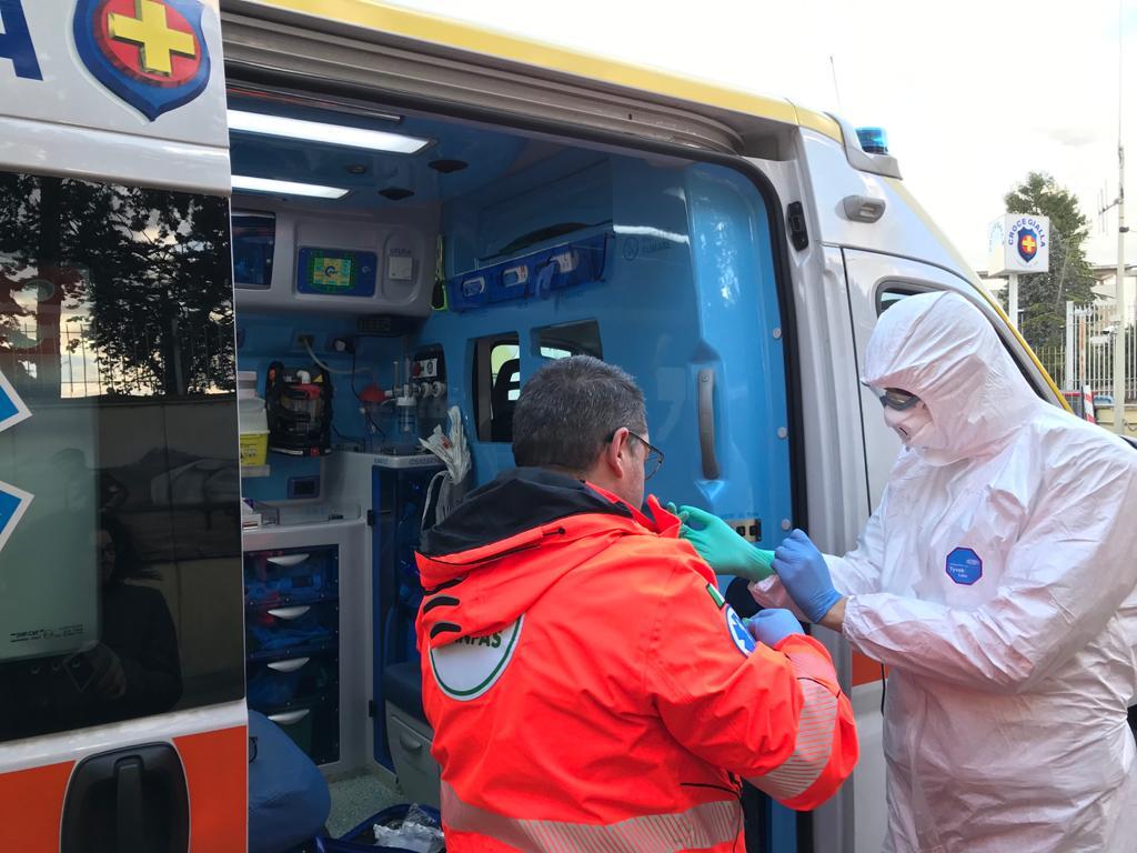 Coronavirus, i volontari Anpas Marche in prima linea