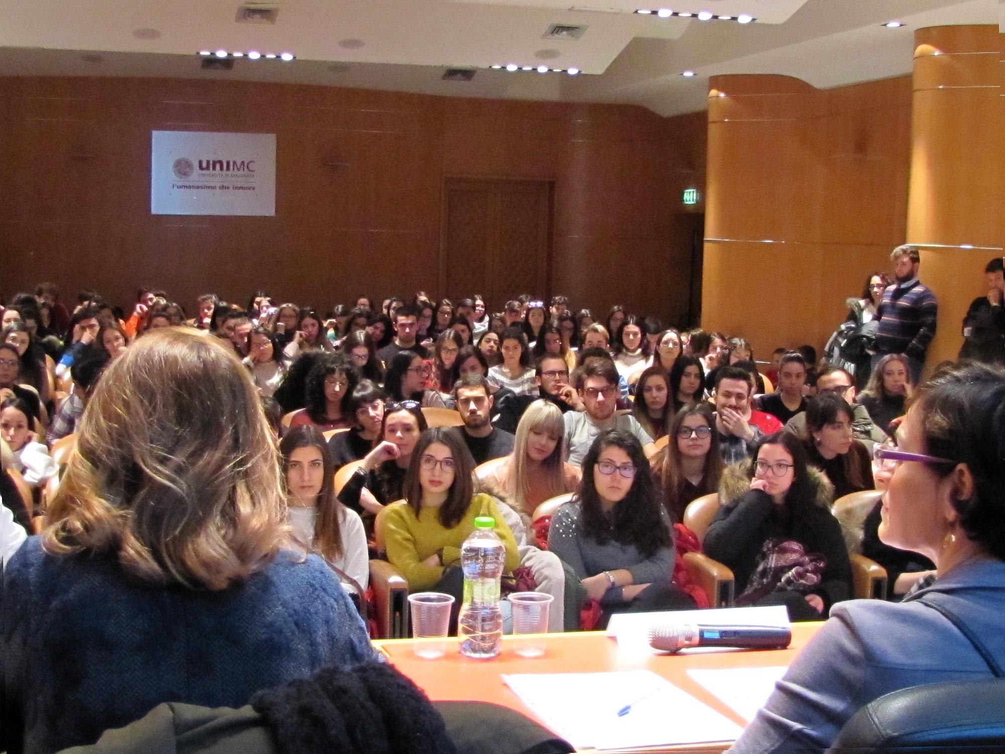 """""""Erasmus Day"""" all'Università di Macerata, 185 gli Atenei partner"""