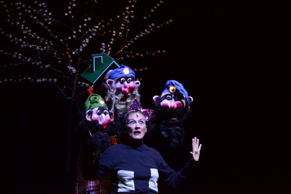 """""""La mela rossa di Biancaneve"""" al Teatro Annibal Caro"""