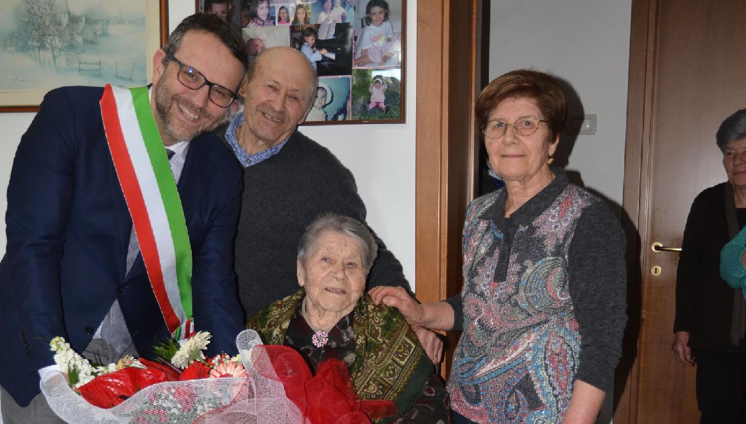 Macerata, Rosa Luchetti ha festeggiato i cento anni