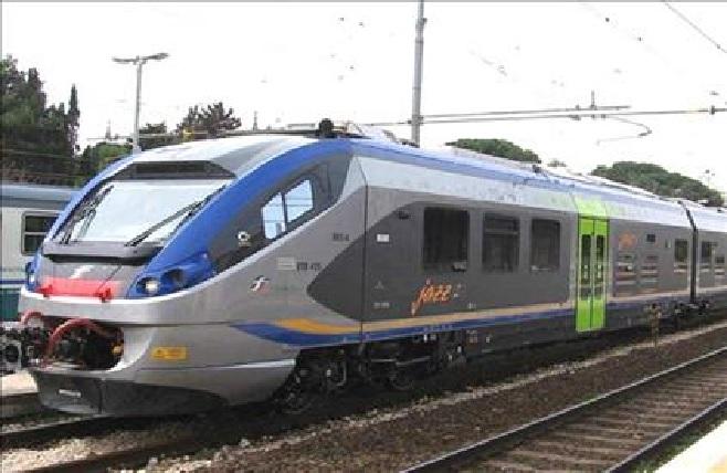 Treni nelle Marche, servizi ridotti per l'emergenza coronavirus