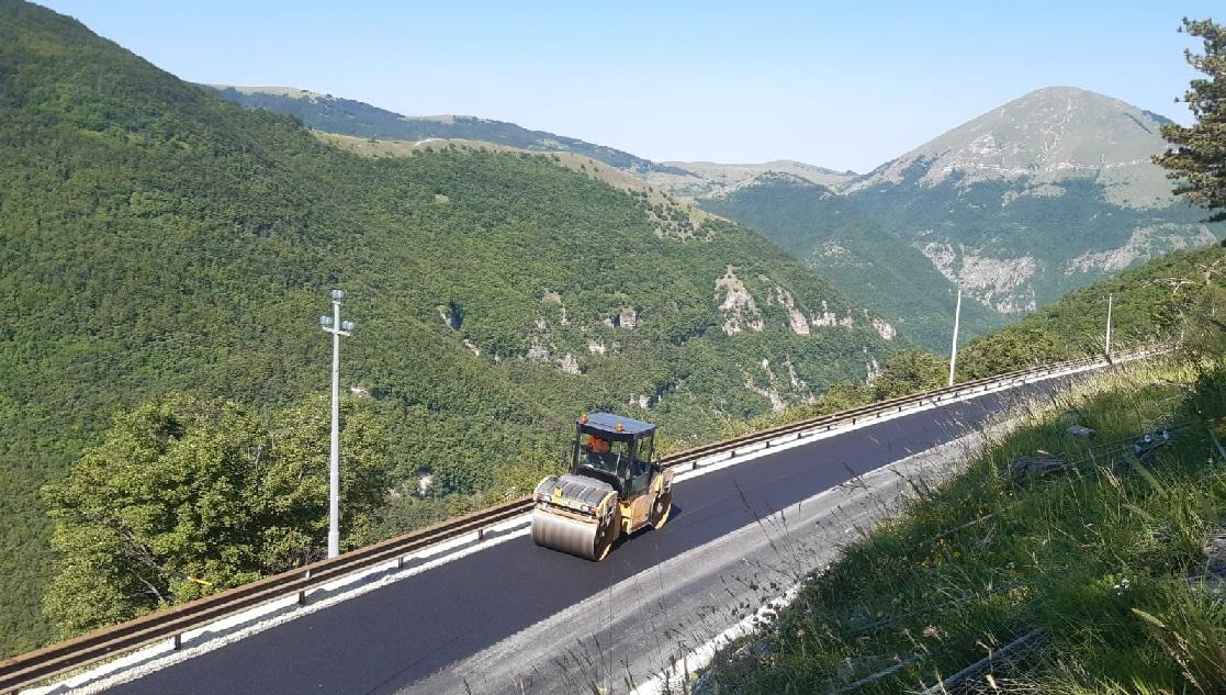 Riapre la strada tra Castelsantangelo sul Nera e Castelluccio