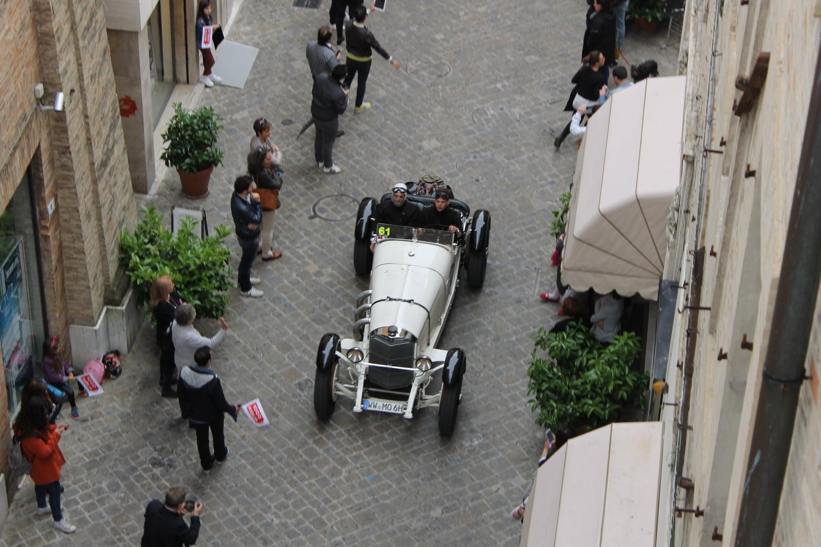 La 1000 Miglia arriva a Macerata, circuito nelle vie cittadine