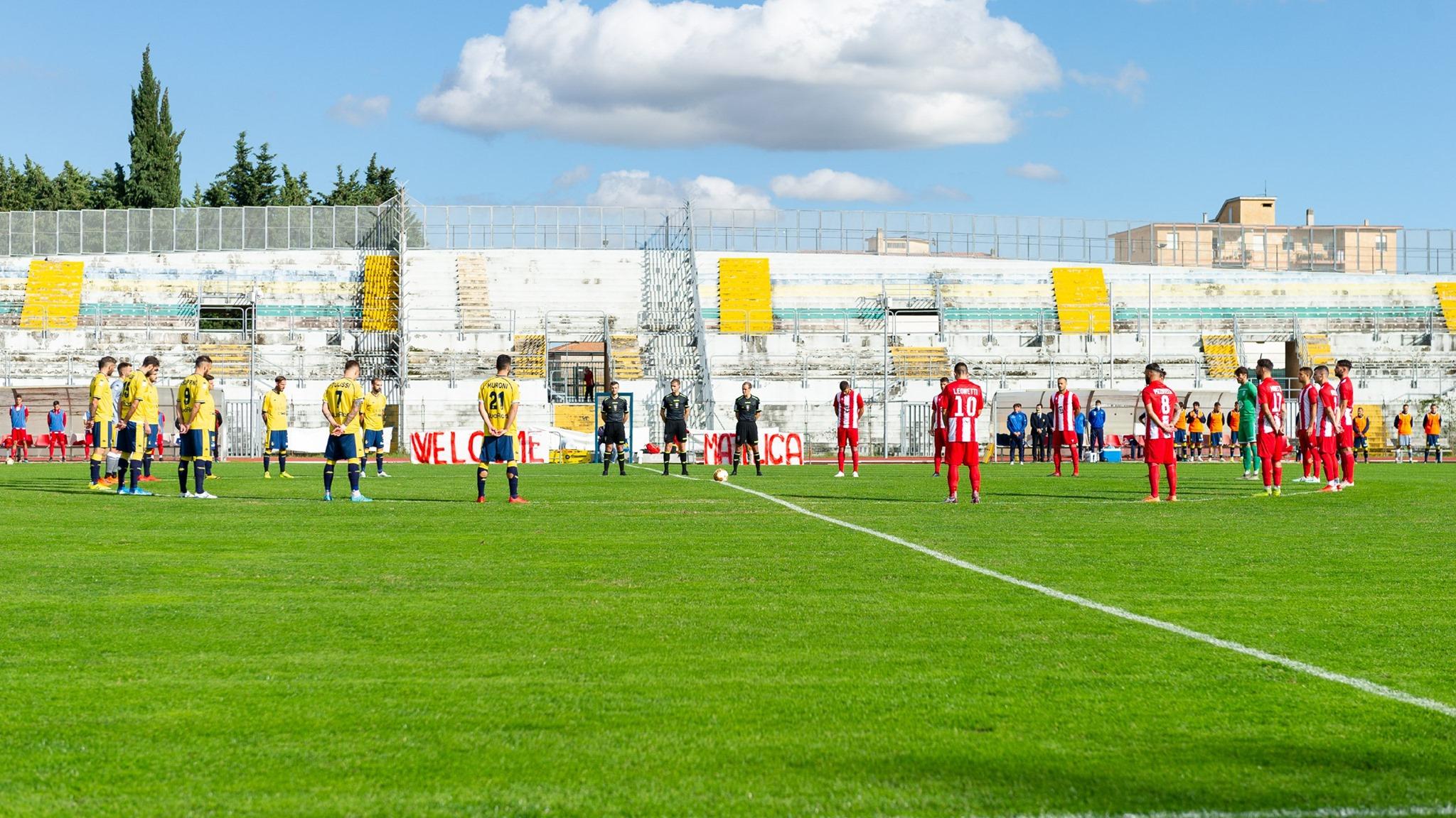 Matelica rimonta e vince 2-1, Modena finisce la partita in nove