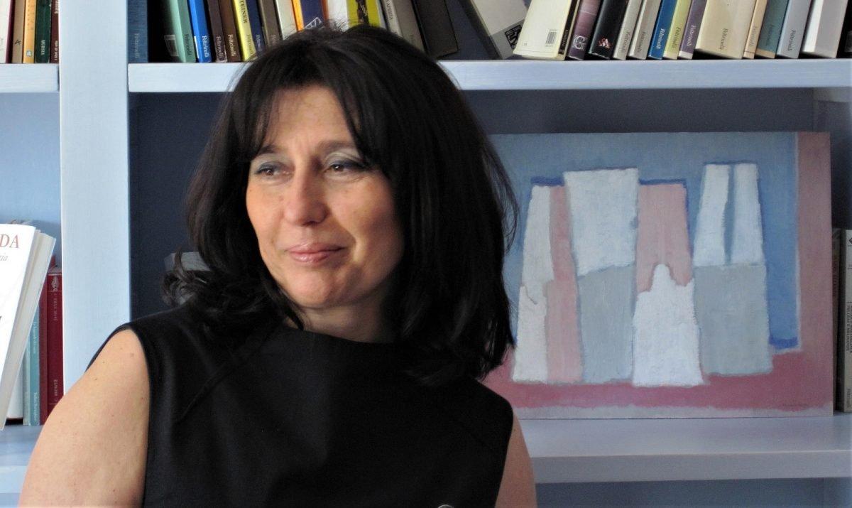 Teatridisanseverino, online intervista alla scrittrice Lucia Tancredi