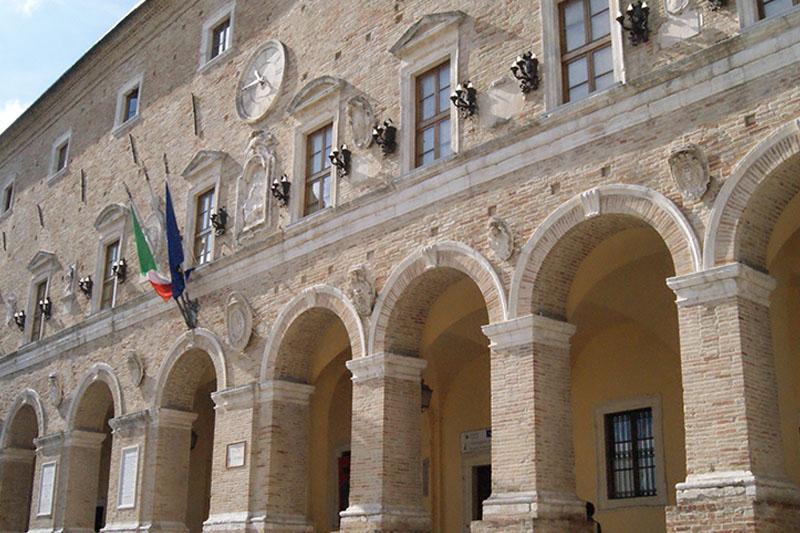 Treia, lettera del Sindaco Capponi sui disservizi di Poste Italiane