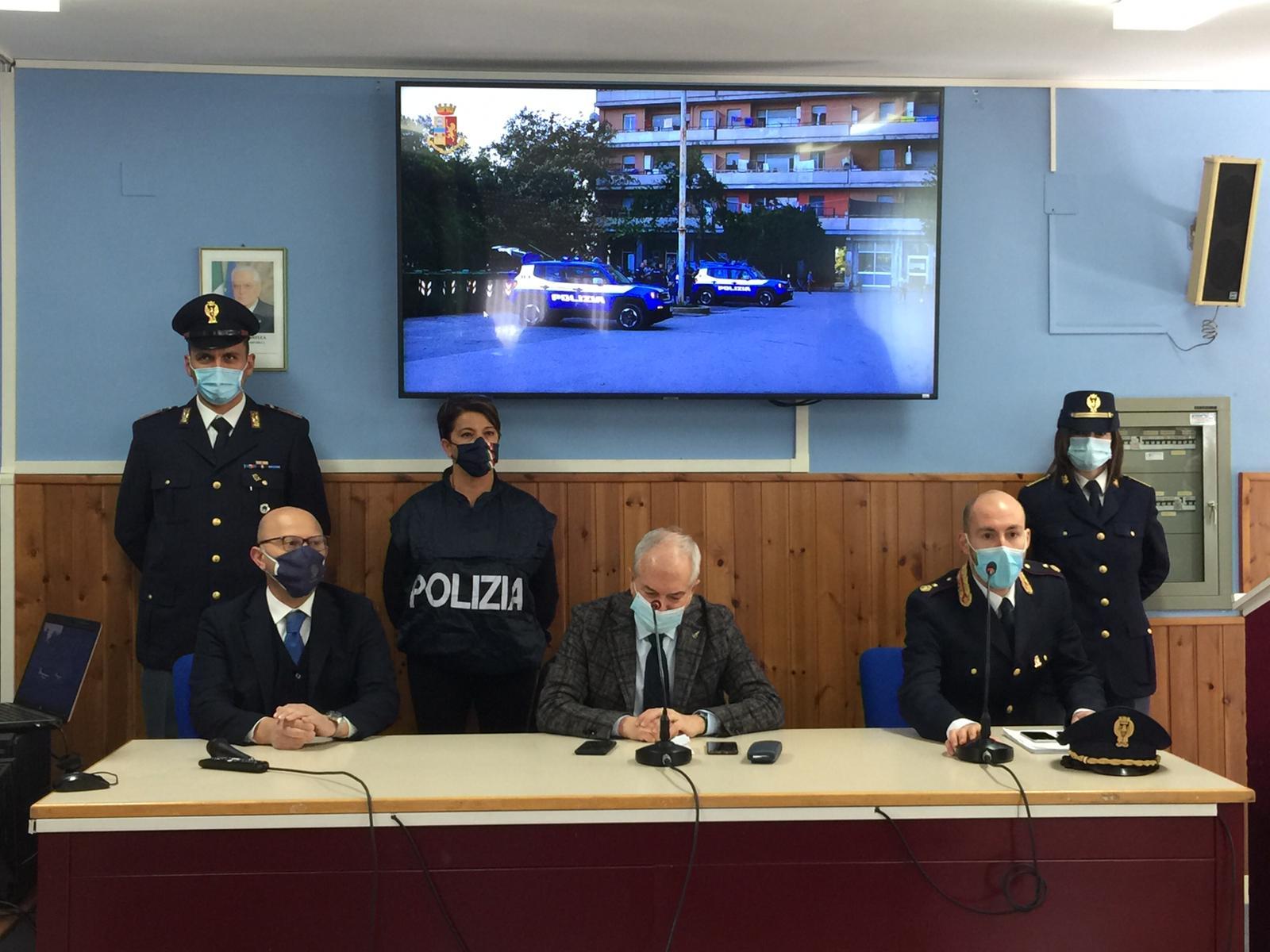 La Polizia di Stato smantella a Macerata una rete di spacciatori
