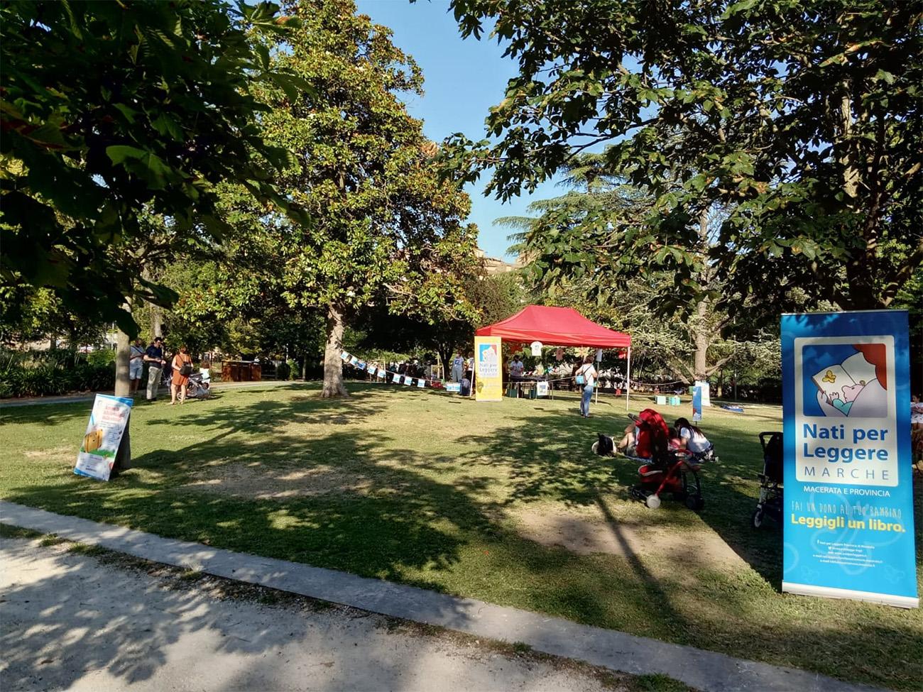 Bibliovaligia, a Macerata letture all'aria aperta per bambini