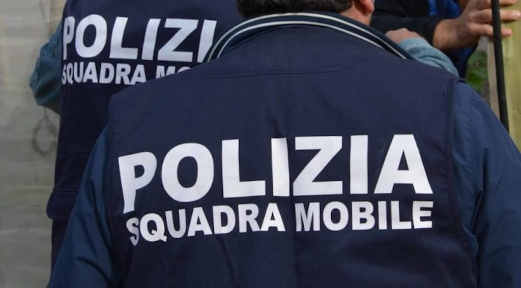 Polizia di Stato, 10 marchigiani indagati per una serie di truffe